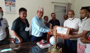 अन्तर्राष्ट्रिय झापाली समाजद्वारा झापाका ४ स्थानिय तहलाई ४०० थान भिटिएम किट सहयोग