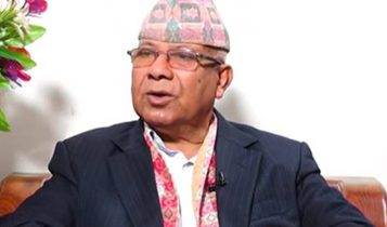 निरंकुश बाटो समातेका ओलीको अब आयु पुग्योः माधव नेपाल