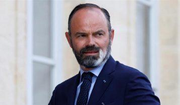 फ्रान्सका प्रधानमन्त्रीसहित मन्त्रिमण्डलद्वारा राजीनामा