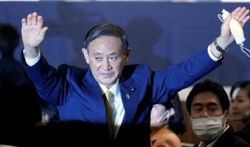 जापानको नयाँ प्रधानमन्त्री बन्दै योशिहिदे सुगा