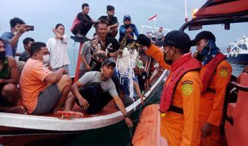 इण्डोनेसियामा ६२ यात्रु बोकेको विमान उडेको केहिबेरमै समुद्रमा खस्यो